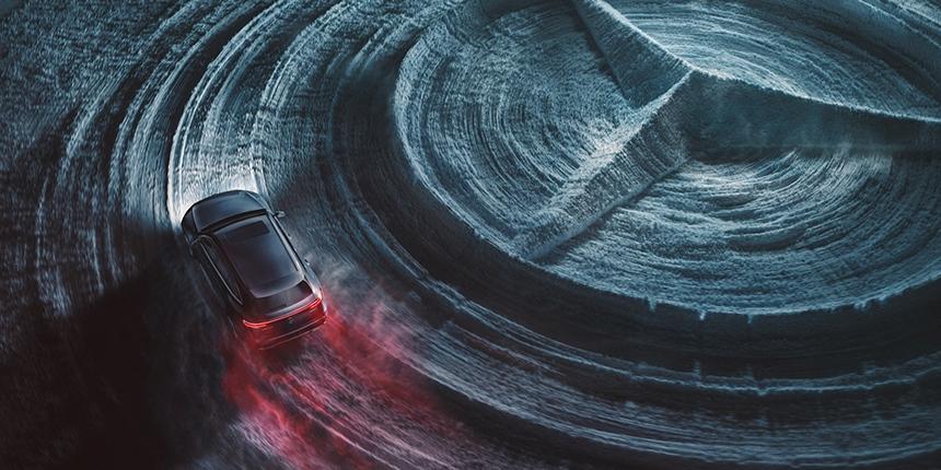 Mercedes-Benz EQC - Black Edition CGI (top view)
