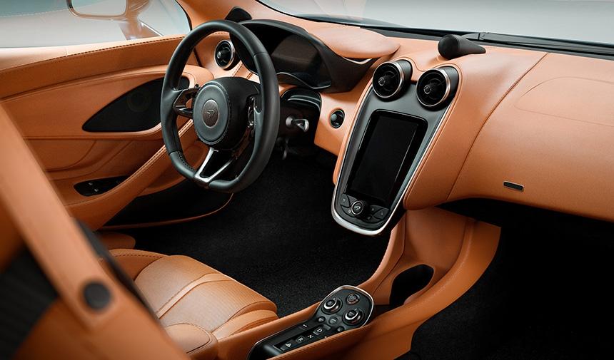 Car interior lit with HDR Light Studio add-on