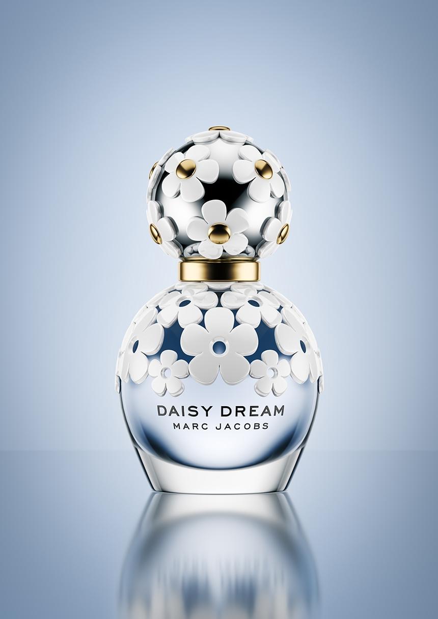 Marc Jacobs Daisy Dream CGI