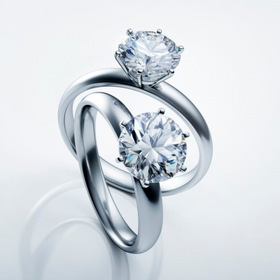 Diamond rings by Peter Schreiber