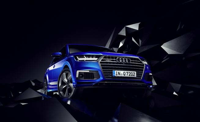 Audi Q7 e-tron by Maciej Ptaszynski